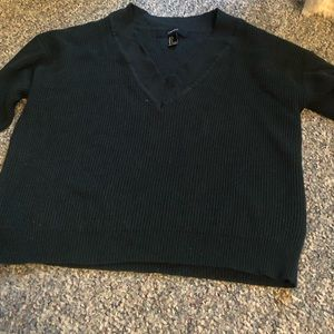 Ribbed vneck sweater